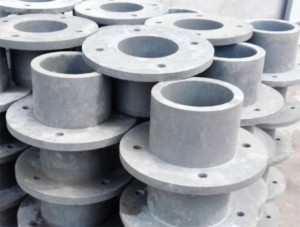 SMC/BMC insulated bushing with high strength and light weight