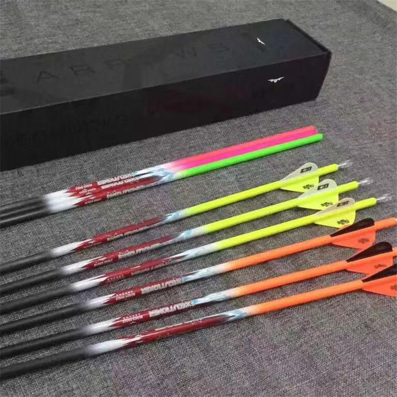 professional Fluorescent color archery hunting Camo arrow with real feather